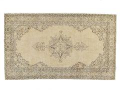 A21055  Tapis vintage  305 cm x 180 cm